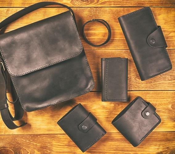 Laukut ja lompakot